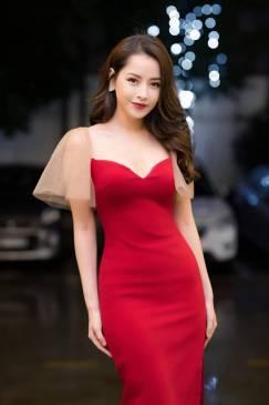 Đầm đỏ tay lưới thiết kế ôm sát tinh tế # 2197
