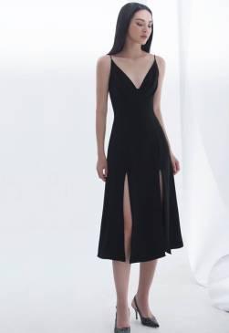 Đầm đen 2 dây xếp ly ngực váy A xẻ 2 bên # 2198