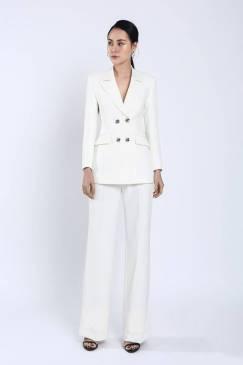 Bộ trắng áo vest tay dài 4 nút quần suông # 2203