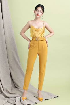 Bộ vàng áo phi 2 dây quần ôm kèm thắt lưng # 2188