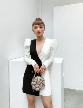 Đầm đen phối trắng tay phồng thiết kế tinh tế # 2244