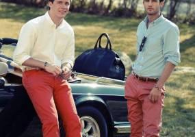 Phong thái nam: 4 loại màu bùng cháy rực rỡ dành cho mùa hè