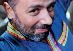 Nhà thiết kế thời trang Diego và chiếc túi tràn đầy ước mơ