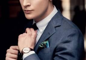 Xu hướng đồng hồ thời trang phái mạnh đẹp kiểu Uniform