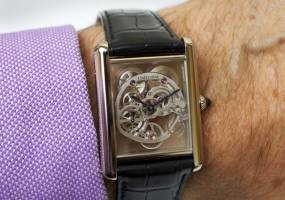 "Đồng hồ Cartier phái mạnh ""Tank Louis"" Skeleton Sapphire"