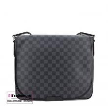Túi xách nam Louis Vuitton