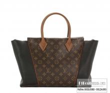 Túi Louis Vuitton W