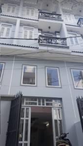 Cho thuê nhà nguyên căn đường Huỳnh Tấn Phát, nhà mới 100%, giá rẻ