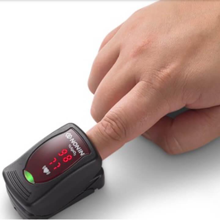 Máy đo độ bão hòa Oxy trong máu - Onyx Vantage 9590 - Sản phẩm nhập khẩu từ Mỹ