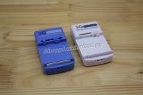 Sạc đa năng kèm nguồn cho nhiều loại pin kích cỡ khác nhau
