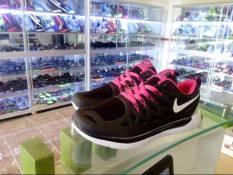 Giày Chạy Bộ Nike Super Light Giá Rẻ