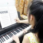 Học lớp Piano cơ bản
