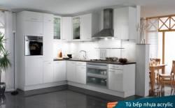Thiết kế mẫu tủ bếp acrylic  với gam màu trắng sáng