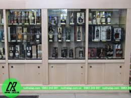 Tủ rượu phòng khách lịch lãm