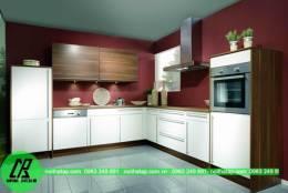Tủ bếp gỗ Laminate chữ L gam trắng sữa đẹp