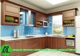 Tủ bếp gỗ Laminate dáng chữ L màu nâu gỗ