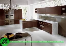 Tủ bếp gỗ laminate màu nâu giản dị