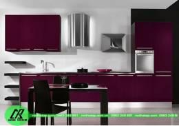 Mãu tủ bếp gỗ acrylic màu tím độc đáo
