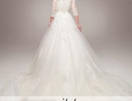 Những lưu ý chọn trang phục cô dâu theo phong cách cổ điển