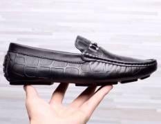Tự tin thoải mái năng động với giày lười nam