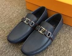 Giày LV siêu cấp da taiga - Đơn giản, tinh tế nhưng đầy cuốn hút