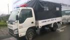 Xe ô tô tải Isuzu QKR55F thùng chở quân, phương tiện vi pham
