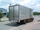 Xe ô tô tải Isuzu FRR90N tải trọng 6,2 tấn thùng kín inox
