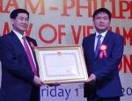 Bố chồng Tăng Thanh Hà muốn mua sân bay Phú Quốc