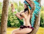 """Pé tập làm """"thổ dân"""" sexy hiện đại gây sốt cộng đồng mạng"""