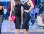 Ba người đẹp Việt đọ đường cong với váy bó sát