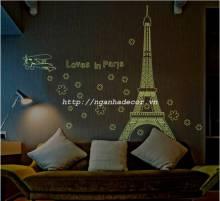 Decal Dạ quang Tình yêu Paris