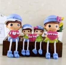 Set gia đình 4 thành viên ôm trái tim hoa hồng