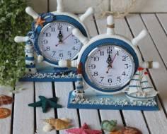 Đồng hồ để bàn chủ đề biển
