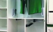 Phụ kiện bằng inox cho tủ quần áo