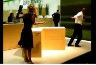 Video về phụ kiện tủ bếp ngăn kéo Sensotronic hoạt động hoàn
