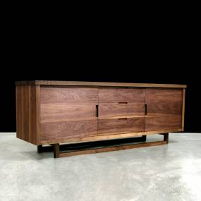 CONSOLE TABLES LOW CONSOLE