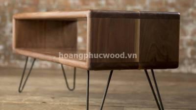 Kệ tivi gỗ óc chó (walnut) chân thép cách điệu TSW 114 – Tp HCM