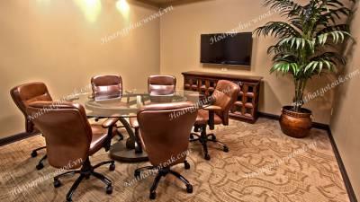 Bộ bàn ghế phòng hội nghị, phòng họp gỗ óc chó Walnut MtD WW01