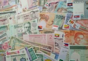 Bộ tiền 100 tờ của 100 quốc gia khác nhau