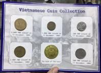 Bộ xu Việt Nam 5000,2000,1000,500,200 đồng năm 2003 kèm Folder