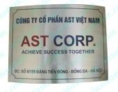 Thi-cong-bien-inox-an-mon