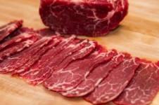 Mẹo cắt thịt bò mỏng chuyên nghiệp