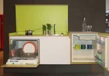 Nên chọn tủ bếp chất liệu nào chống mối mọt