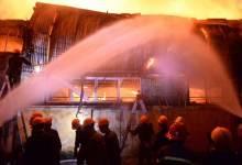 Cháy nhà xưởng khu công nghiệp ở Hà Nội