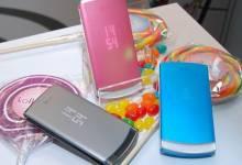 Những điện thoại nắp gập giá rẻ huyền thoại