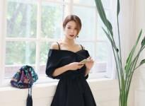 Đa phong cách với sắc váy đen