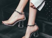 3 mẫu sandals lên ngôi trong hè 2017