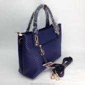 Túi xách nữ màu xanh có dây đeo