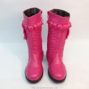 Bốt da màu hồng dành cho bé gái có trái tim