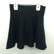 Váy Y-Silan màu đen dành cho bé gái